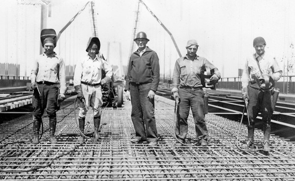 Harry Francel and welding crew, Bay Bridge construction