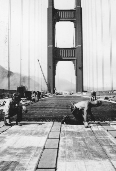 Deck work, Golden Gate Bridge construction