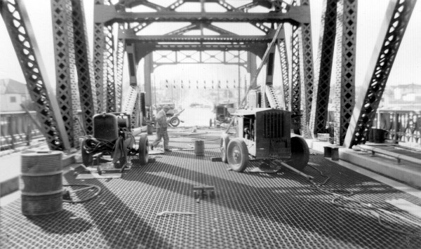 Welders on High St. Bridge, Oakland, 1939